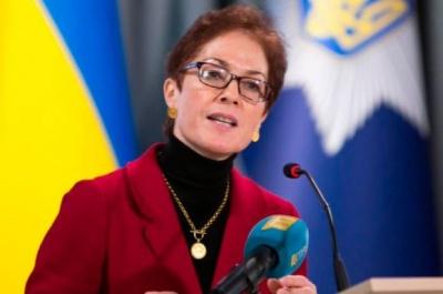 """Експосол США в Україні під присягою заперечила заяви Луценка щодо списків """"недоторканних"""""""