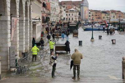 У Венеції оголосили найвищий рівень небезпеки через нову хвилю припливу