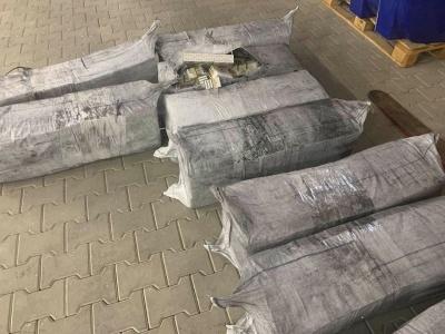 Замаскували під вугілля: на «Порубному» затримали фуру, вщент забиту контрабандними сигаретами