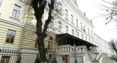 У центрі Чернівців стався витік газу: корпус ЧНУ залишився без тепла