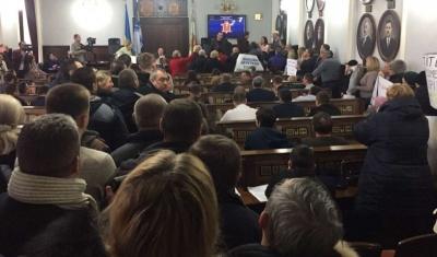 Каспрук скасував рішення виконкому про використання кабінету мерії громадськими активістами