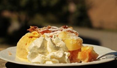 Що таке крамбл, і як його готувати: три рецепти смачного десерту