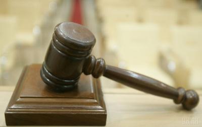 На Буковині суд заборонив неповнолітній виходити ввечері з дому через п`яну витівку