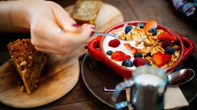 Регулярний сніданок впливає на успішність – вчені
