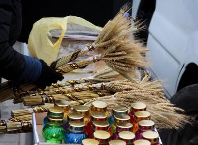 Варили суп з кори та молилися: у Чернівцях вшанували пам'ять жертв Голодомору - фото