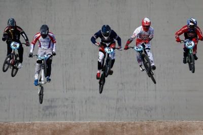 У велогонці у Чернівцях змагалося понад півсотні спортсменів
