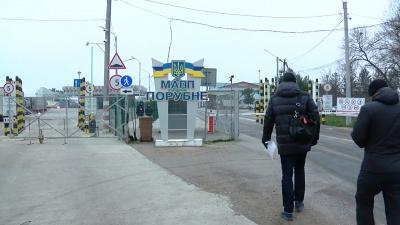 Неспокійний кордон: на «Порубному» майже добу блокували вантажівки з товаром з підозрою на контрабанду