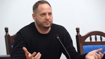 Помічник Зеленського заявив, що проти нього зросте кількість інформатак