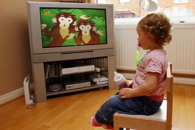 Батька позбавлять прав через відсутність телевізора