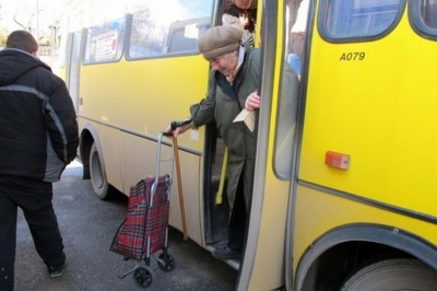 Виконком хоче зменшити кількість «пільгових» маршруток в Чернівцях: список автобусів