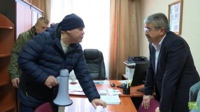 «Заяву на звільнення напиши, іди з Богом!»: відомі деталі «блокади» Чернівецької митниці