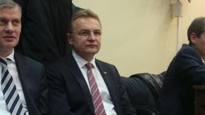 «Репресивна машина» Зеленського: чому влада взялась «шити» справи політикам і активістам