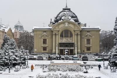 Прем`єри та новорічні історії: які вистави покажуть у Чернівецькому драмтеатрі у грудні