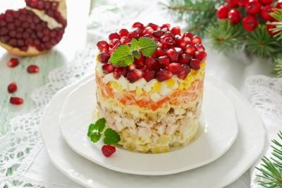 Новорічні страви 2020: топ-3 рецепти святкових салатів