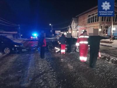 Во время снегопада на Буковине произошло 16 ДТП: есть пострадавшие - фото