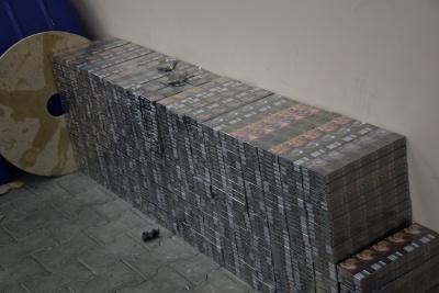 На «Порубному» вилучили рекордну контрабанду цигарок на 6 мільйонів гривень - фото