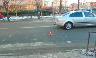 У Чернівцях на пішохідному переході легковик збив 9-річного хлопчика