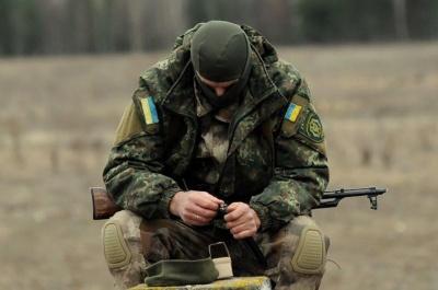 Бойовики продовжують гатити по позиціях ЗСУ: поранено українського військового
