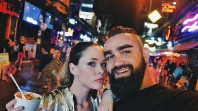 Солістка The Hardkiss Юлія Саніна розкрила подробиці свого першого поцілунку з чоловіком