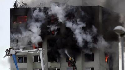 Смертельний вибух у багатоповерхівці в Словаччині: люди вистрибували з вікон – відео