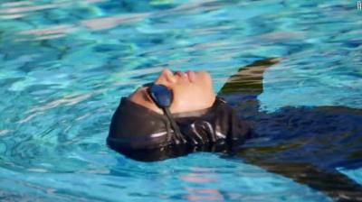 Nike випустив хіджаб для плавання - фото