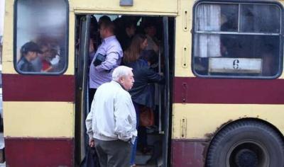 У Чернівцях планують підвищити вартість проїзду в тролейбусах