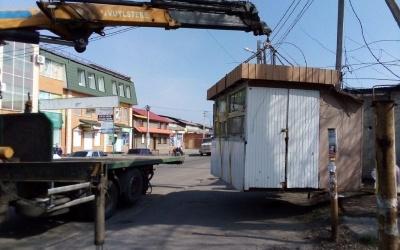 У Чернівцях примусово демонтують шість незаконних кіосків, - Обшанський