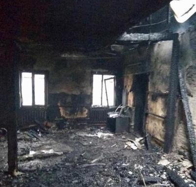 Вночі на Буковині згорів один з районних ЦНАПів - фото