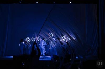 «Океани»: у переддень свята Миколая у Чернівцях презентують виставу «Особливого» театру