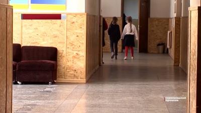 «З істерикою йдуть до школи»: у Чернівцях батьки першокласників звинуватили вчительку у цькуванні