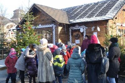 Подарунки і святковий інтер'єр: що зміниться у будиночку Святого Миколая в Чернівцях