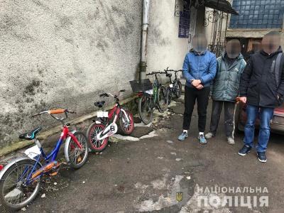 На Буковині чоловік регулярно крав дитячі велосипеди