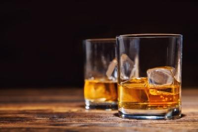 Названо найнебезпечніші алкогольні напої