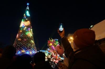Сьогодні в Чернівцях урочисто відкриють новорічну ялинку
