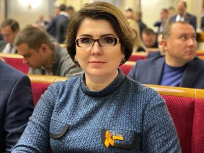 «Слуга народу» Лис підтримала жителів Чорнівки, але просить їх розблокувати сміттєзвалище