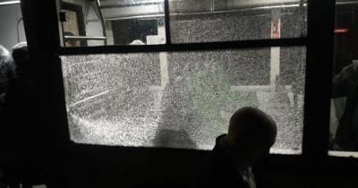 У Львові невідомі обстріляли автобус із пасажирами