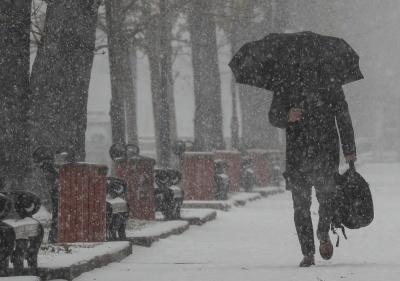 Хуртовина та ожеледиця: на Буковині синоптики попередили про сильне погіршення погодних умов