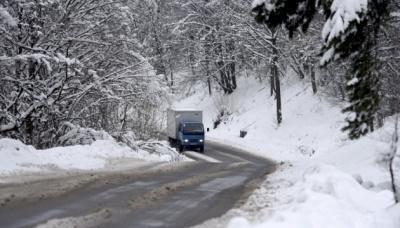 Рятувальники попереджають про можливе порушення руху транспорту у Карпатах