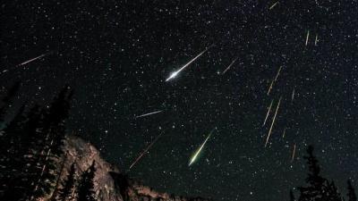 Метеоритні дощі, зірки, що падають, та видимість планет: яким буде космічне небо у 2020 році