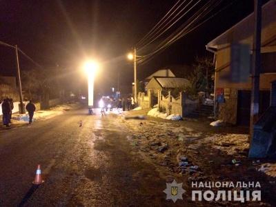 На Буковині поліція розшукує водія, який збив на смерть чоловіка і втік