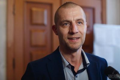 «Я просто вдало одружився»: козак Гаврилюк з Буковини розповів про будинок у Карпатах