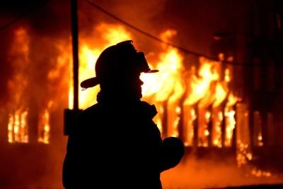 Під Києвом у пожежі згоріло троє людей