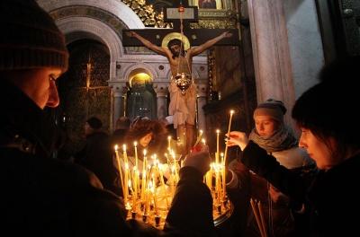 Коли у найбільших храмах Чернівців проводитимуть різдвяні богослужіння