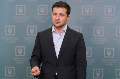Зеленський відреагував на заяву про ракетний обстріл літака МАУ