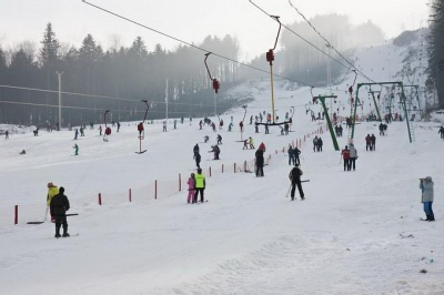 День на лижах – за півтори тисячі: скільки коштують зимові розваги на курортах Буковини