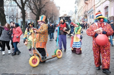 Фестиваль Маланок у Чернівцях: пряма трансляція