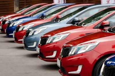 Стало відомо, скільки грошей витратили українці минулого року на нові авто