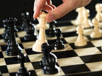 Майстер спорту з Чернівців переміг у чемпіонаті міста зі швидких шахів