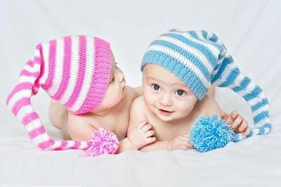 Хлопчики - Артеми, дівчатка - Анастасії: як найчастіше називають дітей на Буковині