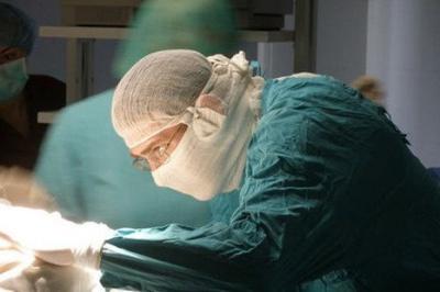 Анекдот дня: про двох лікарів та пацієнта
